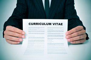 Ilustración de Cómo Ordenar y Presentar un Currículum Vitae