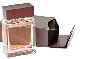 Ilustración de Cómo Conservar los Perfumes para que Duren Más Tiempo