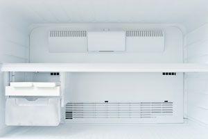 Ilustración de Cómo limpiar el congelador o freezer