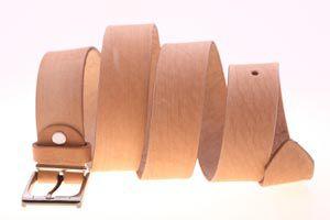 Cómo hacer el agujero a un cinturón