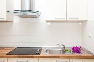 Pasos para limpiar el extractor de cocina. Cómo darle una limpieza periódica al extractor de la cocina.