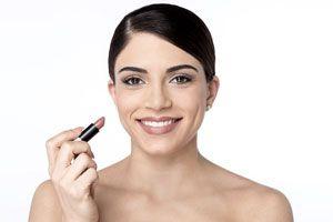 Cómo afinar labios carnosos