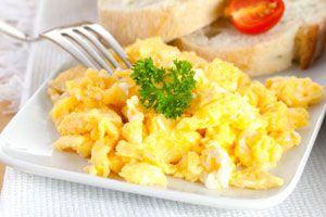 Cómo hacer huevos revueltos