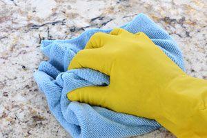 Cómo Cuidar y Limpiar los Suelos de Granito