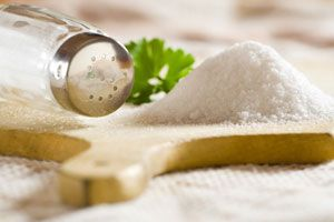 Ilustración de Cómo eliminar el Exceso de Sal en las Comidas