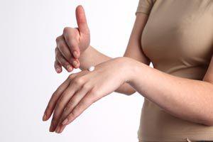 Cómo evitar la aparición de ampollas en los pies y manos