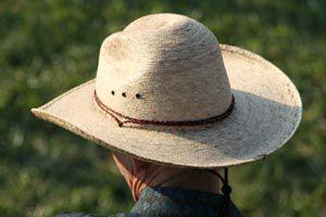 Cómo limpiar sombreros de paja 6ab9b087a43
