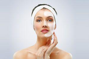 3 mascarillas caseras para la piel seca. Cómo revitalizar las pieles secas con remedios caseros. Máscaras caseras para hidratar la piel seca.