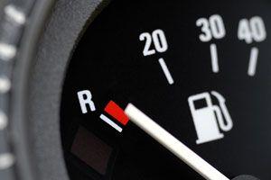 Ilustración de Cómo Ahorrar Combustible en el Auto