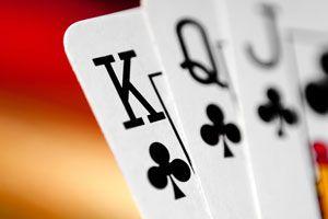 Cómo limpiar los naipes o cartas