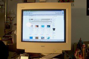 Cómo limpiar un monitor CRT