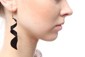 Ilustración de Como combinar los aros con la forma de la cara