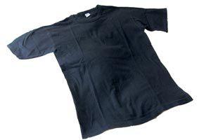 Ilustración de Cómo recuperar la intensidad del color negro de la ropa