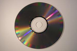 Ilustración de Cómo Reparar un CD o DVD Rayado