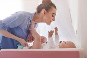 Cómo Saber Qué Significa la Caca de tu Bebé