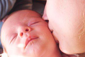 Cómo estimular un bebé de 1 mes