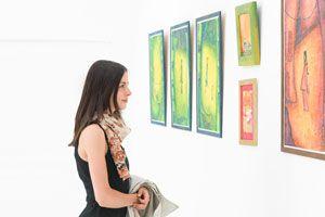 Consejos para encontrar un lugar donde exponer tus obras de arte. Dónde y cómo lucir tus obras de arte