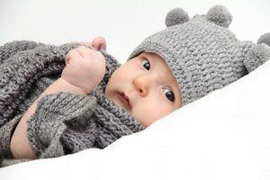 4d8bd1a19 Guia para tejer un suéter de lana para el bebé. Procedimiento para tejer un  sueter