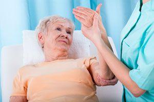 Ilustración de Qué es la osteoporosis. Síntomas de la Osteoporosis. Factores de riesgo