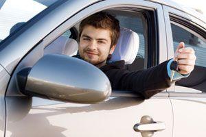 Cómo hacer que tus padres te presten el coche