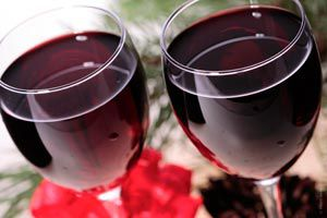 Ilustración de Cómo diferenciar un vino joven de uno viejo al degustarlo