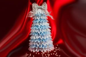 Ilustración de Cómo hacer un árbol de Navidad de tul