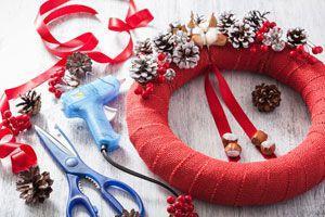 Ilustración de Cómo crear Adornos de Navidad con Silicona Caliente