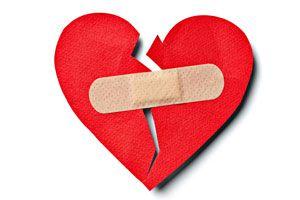 ¿Cómo sobreponerte a tu primer amor?. Si tu primer amor se termino, debes aprender a superarlo. Cómo superar la relación con tu primer amor