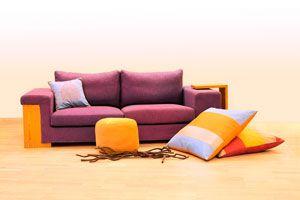 C mo cuidar y limpiar los tapizados for Como limpiar asientos de cuero
