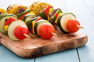 Ideas para preparar una cena con pinchos o brochettes.