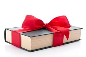 Ilustración de Cómo regalar un libro de manera original