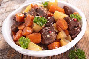 Preparación de un guiso bajas calorías y nutritivo. Consejos para hacer un guiso bajas calorías.