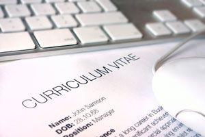 Ilustración de Cómo redactar un currículum para cambiar de trabajo en otro rubro