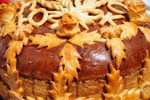 Cómo decorar la mesa de Navidad con adornos de pan