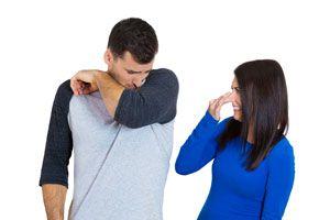 Cómo evitar los malos olores corporales
