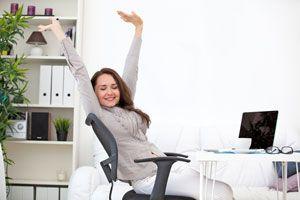 Cómo hacer estiramientos en la oficina