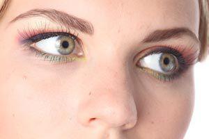 Cómo maquillar los ojos para que parezcan más grandes