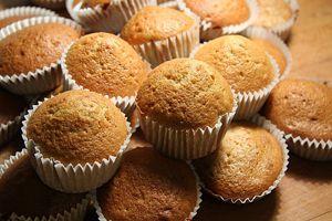 Cómo hacer magdalenas o cupcakes. Ingredientes para preparar magdalenas.