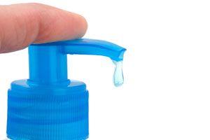 Cómo hacer un surtidor de jabón líquido