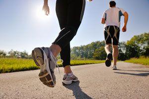 Ilustración de Cómo Elegir el Mejor Calzado para Caminar
