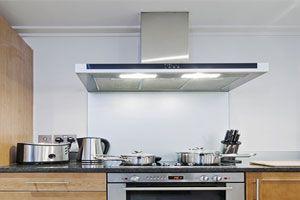 Consejos para evitar la humedad en paredes del baño y la cocina. cómo prevenir la presencia de humedad en el baño y cocina