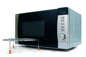 Como usar un microondas con gril y por conveccion. Como cocinar alimentos dorados en un microondas con gril. Formas de cocinar en microondas