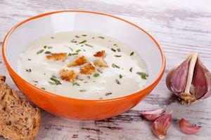 Cómo preparar sopa de ajos