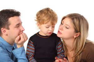 Cómo decirle a tu hijo que es adoptado