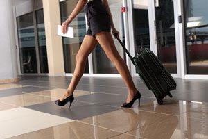 ¿Viajar en primera clase o turista?