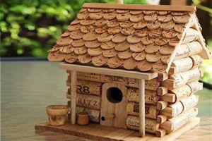 Tips para hacer una casita para aves con corchos.