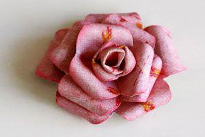 Cómo hacer rosas de papel