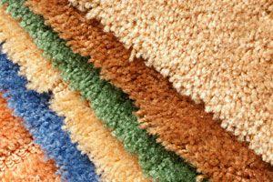 Cómo hacer una alfombra mixta