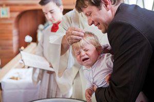 Cómo organizar un bautismo