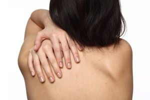 Calmar dolores de espalda con ejercicios.
